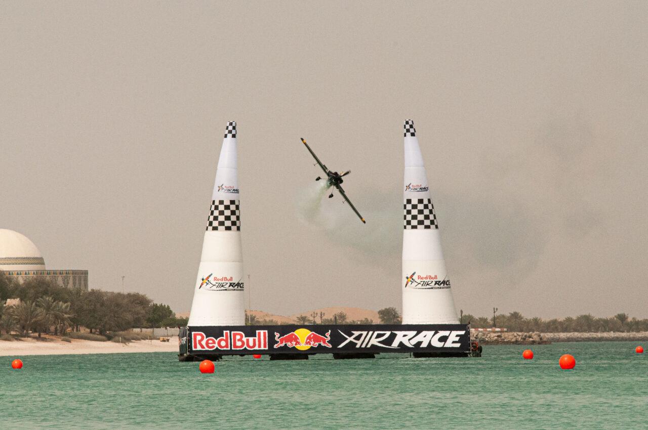Redbull air race Abu Daubi